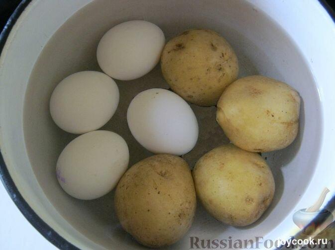 Как сделать яйца с картошкой