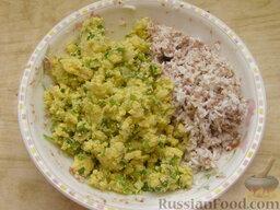 Салат из печени трески (минтая) с яйцами: А затем с приготовленной смесью. Если необходимо, можно дополнительно посолить.