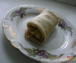 Блинчики с печенкой: Обжариваем блинчики с печенкой на сковороде (на масле) и подаем с соусом, сметаной и т.п. (по желанию). Приятного аппетита!