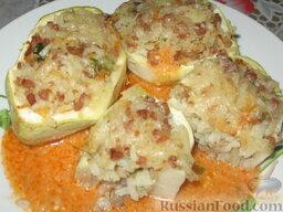 Патиссоны, фаршированные рисом и мясом: Готовые патиссоны, фаршированные мясом и рисом. Приятного аппетита!