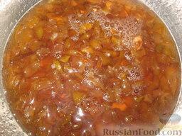 Грушево-ванильное варенье: Снова поставить посуду с грушами на огонь и довести до кипения. Не забываем снимать пенку. Оставить остывать на 4 часа.   В третий прием добавить в варенье ваниль, лимонную кислоту, миндаль по вкусу и желанию и варить 15 минут.