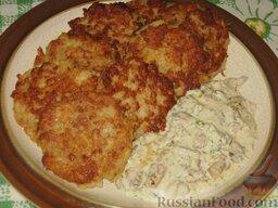 Мясокартофельные оладьи с грибами: Готовые картофельные оладьи с фаршем и грибами. Приятного аппетита!