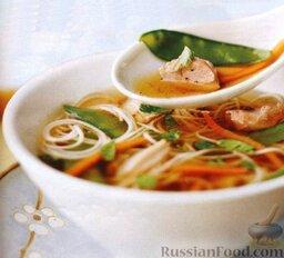 Азиатский куриный суп с лапшой