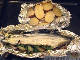 Запеченная скумбрия с мидиями и картофелем: Уложить