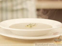 Крем-суп из шампиньонов: Крем-суп из шампиньонов готов. Подавать суп с крутонами.    Приятного аппетита!