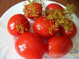 Помидоры малосольные  с хреном: Помидоры малосольные с хреном готовы. Хранить малосольные помидоры в холодильнике.  Приятного аппетита!