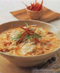Тайский рыбный суп с рисовой лапшой