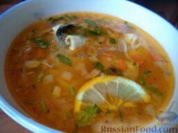 Простой суп из скумбрии: Простой суп из скумбрии готов. Подавать с ломтиком лимона.  Приятного аппетита!