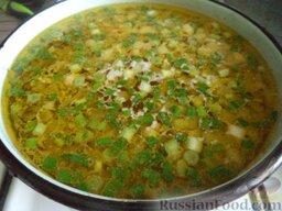 Сырный суп с курицей: В суп выложить зажарку. Посолить по вкусу.