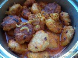 Тефтели из семги в томатном соусе: Тефтели из семги в томатном соусе готовы. Подавать с любимым гарниром. Хороши и теплыми, и холодными.  Приятного аппетита!