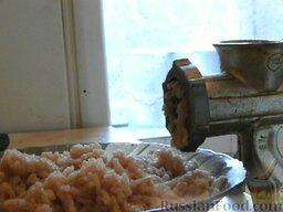Котлеты из щуки с шампиньонами: Как приготовить котлеты из щуки с шампиньонами:    Щуку перекрутить вместе с луком на мясорубке