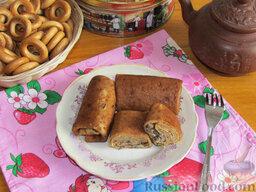 Гречневые блины с грибами: Переложите блины на тарелку и можно угощаться.  Приятного аппетита!