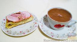 Хачапури по-краснодарски: Тесто получается слоеное. Лепешки маслом не смазывала, хватает своей смазки, из теста.  *  Рецепт - irinavad.livejournal.com  Фотографии - моего процесса.