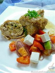 Куриные ножки, фаршированные брынзой и кедровыми орешками: Готово, подавайте со своим любимым гарниром. Я подал просто с овощным салатом.