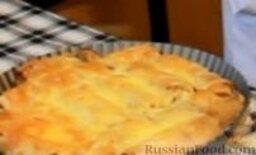 Блинчики с курицей карри в сливочном соусе: Отправляем в предварительно нагретую до 180 градусов духовку на 20-30 минут, т.е. до того момента, как сыр расплавится и станет золотистым.
