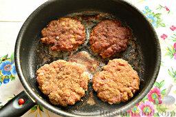 Шницель из мясного фарша: Процесс аналогичен готовке котлет.