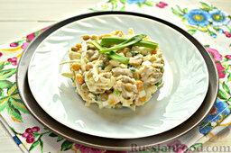 Салат с кальмарами: Простой и вкусный салат с кальмарами готов!