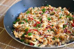 Фунчоза с курицей и овощами: Фунчоза с овощами и куриным филе готова!