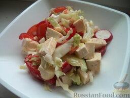 Легкий овощной салат с сыром тофу: Легкий овощной салат с сыром тофу готов.  Приятного аппетита!