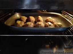 Ленивые голубцы с сюрпризом: Ставим ленивые голубцы в духовку...