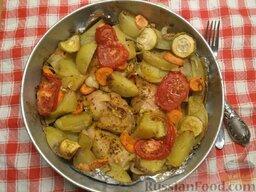 Курица с овощами: Курицу с овощами подавать горячей.   Приятного аппетита!