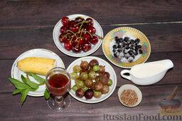 """Фруктовый салат с крыжовником и семенами льна """"Чемпион пользы"""": Подготавливаем ингредиенты для фруктового салата с крыжовником и семенами льна."""