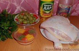 Куриный шашлык в маринаде из крыжовника: Подготовить ингредиенты для приготовления куриного шашлыка в ягодном маринаде.