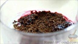 Семифредо (итальянское мороженое) с вишней и шоколадом: Домашнее мороженое семифредо с вишней и шоколадом готово.  Всем приятного аппетита!