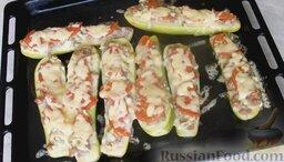 Молодые кабачки с фаршем, помидорами и сыром: Молодые кабачки с фаршем и помидорами готовы!