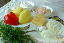 Творожная запеканка с куриным фаршем и перцем (в мультиварке): Подготовьте все ингредиенты для приготовления творожной запеканки с курицей и перцем.