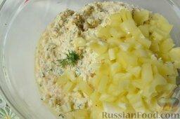 Творожная запеканка с куриным фаршем и перцем (в мультиварке): Добавьте ингредиент, делающий запеканку ароматной и сочной - нарезанный зеленый болгарский перец.
