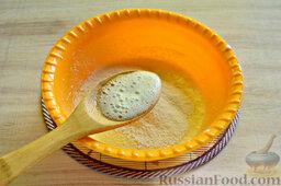 Вишневый кекс с изюмом: Одновременно нужно добавить в будущее тесто гашенную уксусом соду.