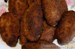 Мясные зразы с грибами: Подавать мясные зразы с грибами горячими, с картофельным пюре или любым другим гарниром. Готовьте с удовольствием!