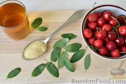 Десерт c черешней: Приготовить ингредиенты для десерта из черешни.