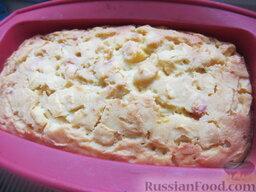 Заварной пирог «Бразильский» с персиками: Выпекаем персиковый заварной пирог около 1 часа. Следует контролировать готовность с помощью обыкновенной деревянной палочки. Тесто не должно оставаться на ней. Температура выпекания этого кукурузно-персикового чуда - 180 градусов.
