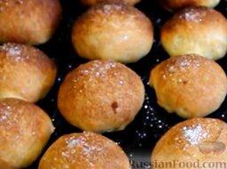 Мини-пирожки с вишней