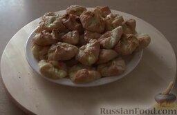 Венгерские ватрушки: Венгерские ватрушки из слоеного теста с творогом готовы!