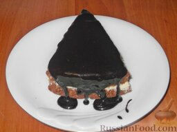 Глазурь шоколадная масляная: Готовую шоколадно-масляную глазурь использовать нужно сразу же.