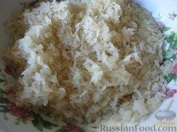 Плов с курицей: Промыть тщательно рис.