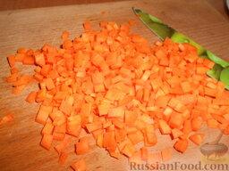 Суп картофельный со щавелем: Затем нарезать морковь аналогично луку.