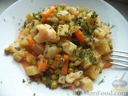 Овощное рагу: Подавать овощное рагу с зеленью укропа.  Приятного аппетита!