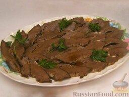 Говяжье сердце: Говяжье сердце готово!    Это блюдо из говяжьего сердца  можно подавать с соусом «Острый» или с хреном.